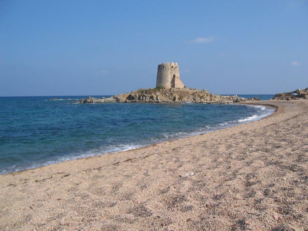 Cartina Sardegna Barisardo.Spiaggia Con Torre Di Bari Sardo Sardegna Pleinair Campeggi E Villaggi In Sardegna
