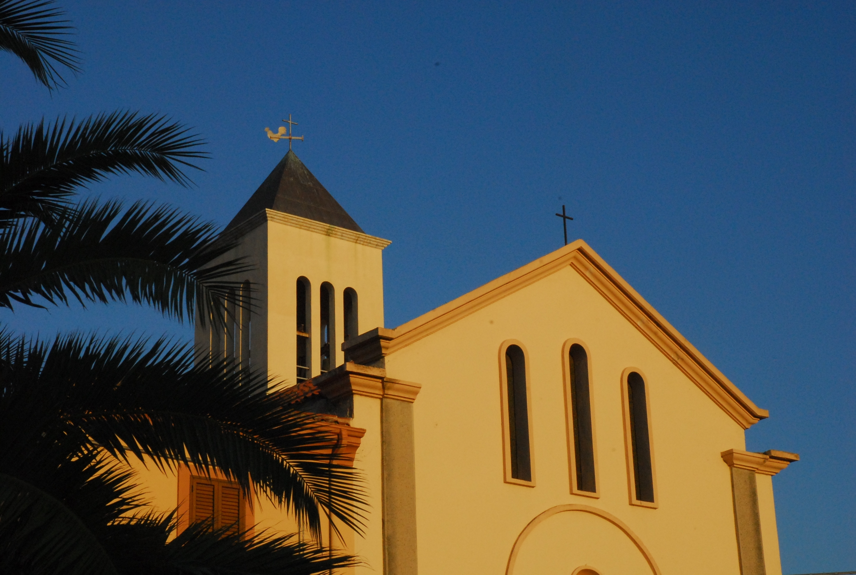 San teodoro la chiesa sardegna pleinair campeggi e for Villaggi san teodoro