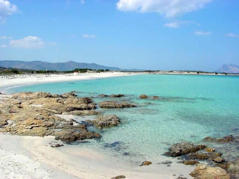 Spiaggia sant 39 anna budoni sardegna pleinair campeggi e for Budoni mare