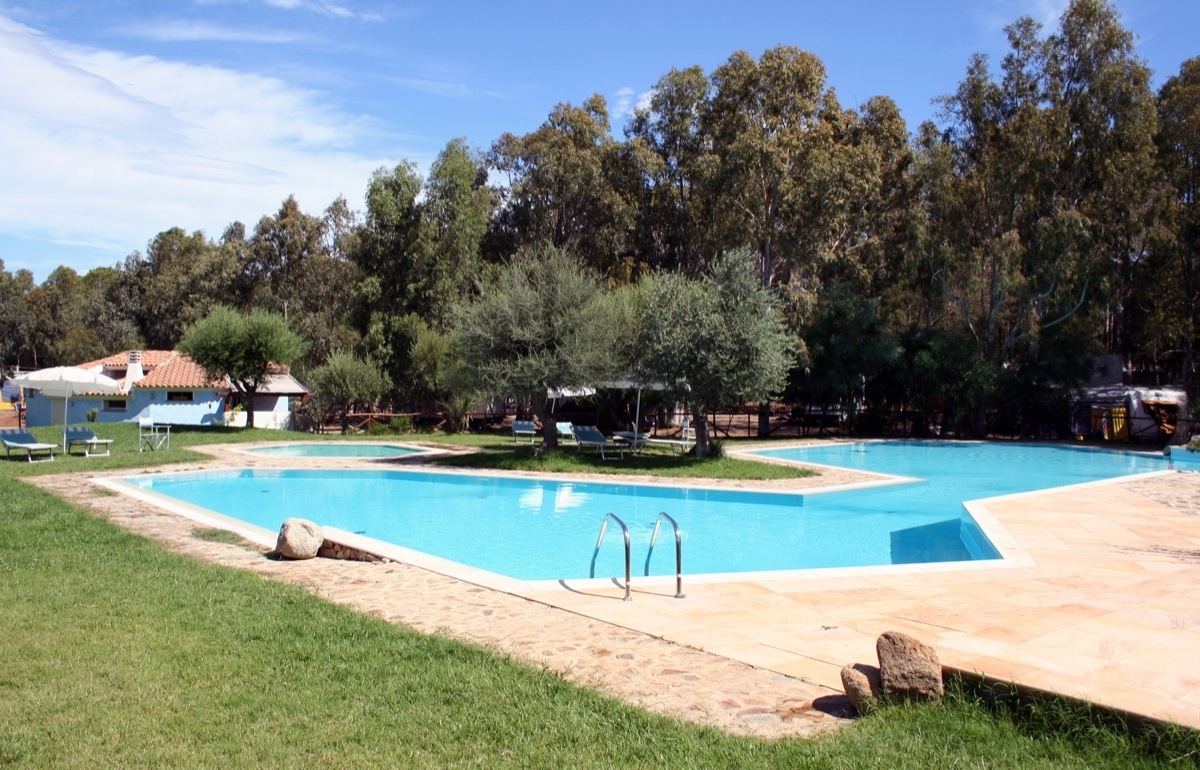 Piscina del selema camping village sardegna pleinair - Piscina rei village ...