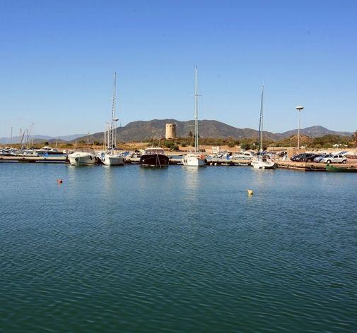 Il porticciolo turistico di Porto Corallo