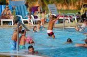 piscina del Camping Village 4 Mori