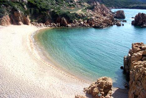 Costa Paradiso Sardegna Cartina Geografica.Spiagge A Vignola Trinita D Agultu Sardegna Pleinair Campeggi E Villaggi In Sardegna